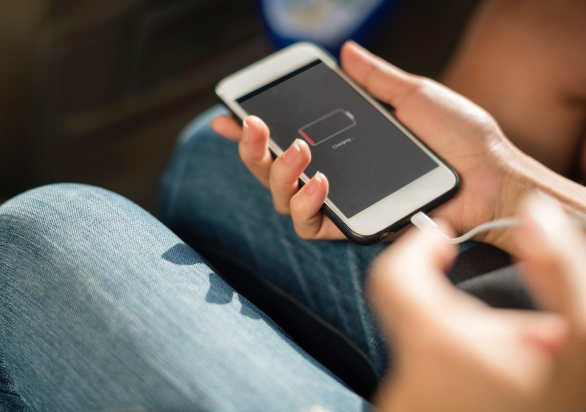 Omzet uit Iphone-verkopen fors gedaald, gaat Apple richting het einde?