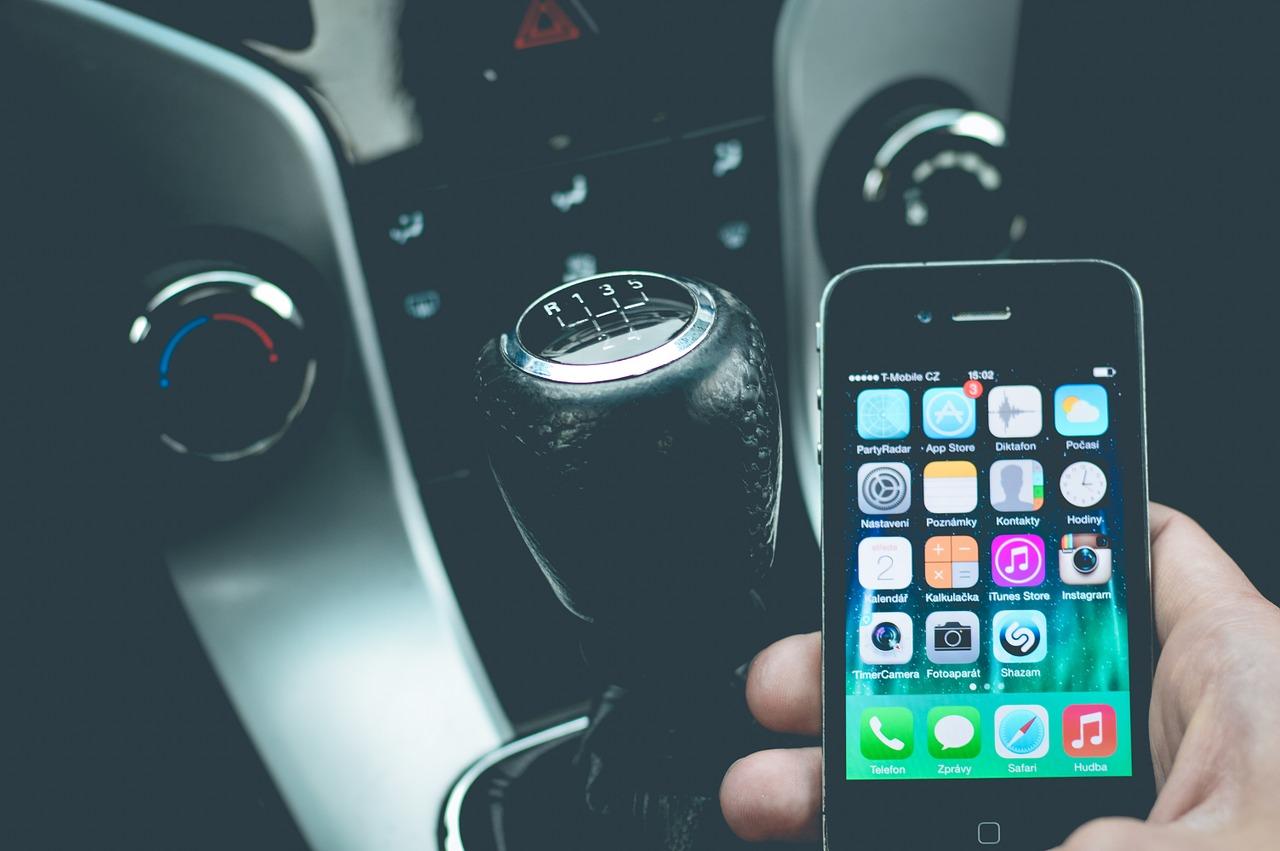 Appen achter het stuur 168.000 keer bestraft in 2020.