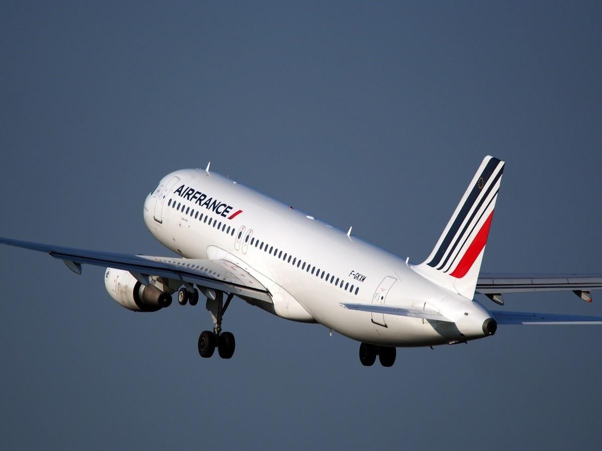Eerste langeafstandsvlucht op bakolie Air France is een feit