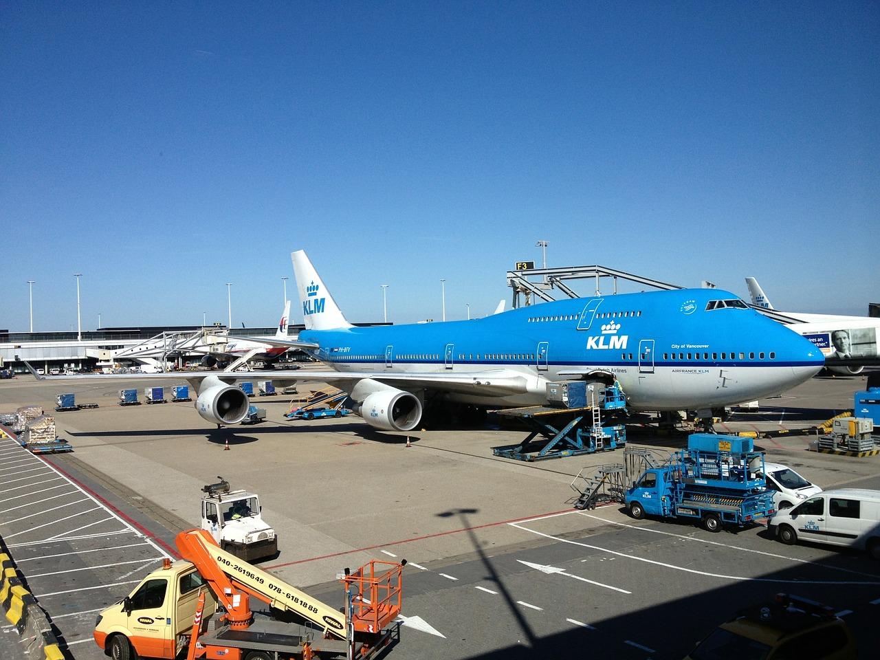 KLM: Oorzaak deel verlies is Nederlandse testverplichtingen.