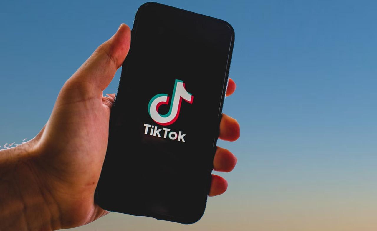 Oprichter TikTok moederbedrijf stapt op als directeur
